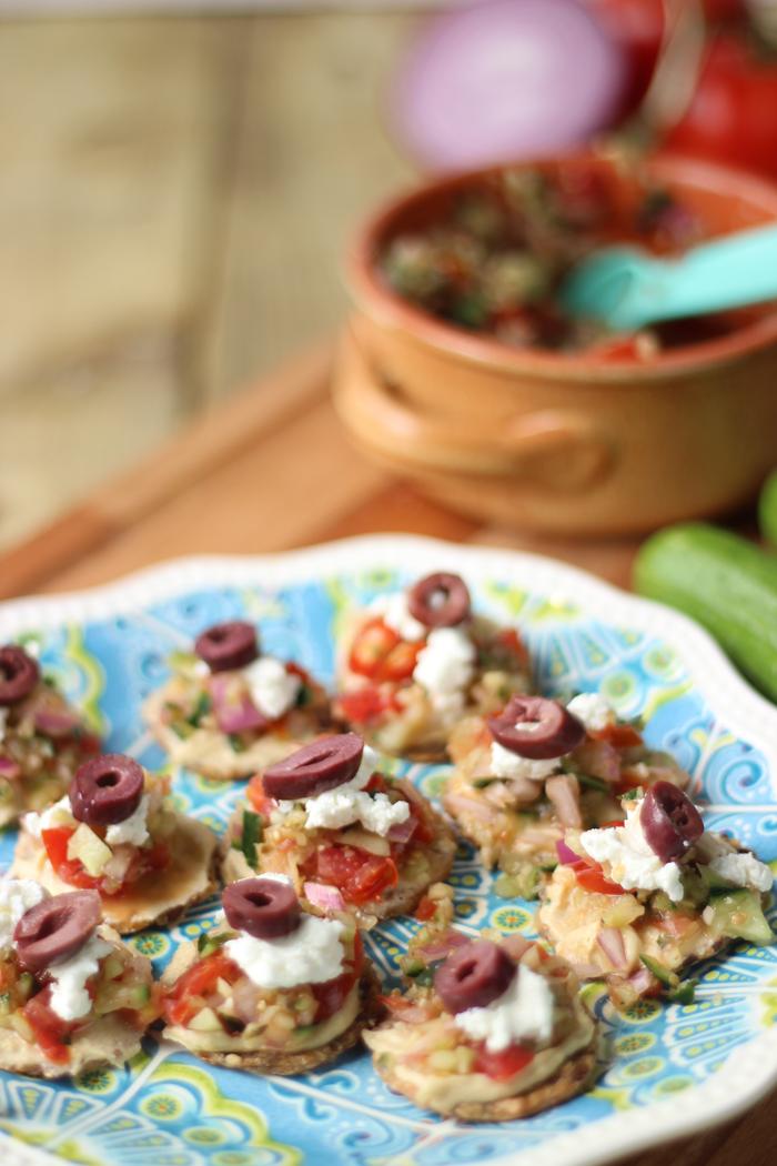 mini greek salad crackers