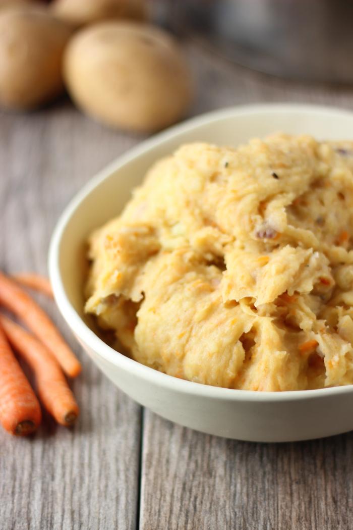 BEST Vegan Mashed Potatoes!