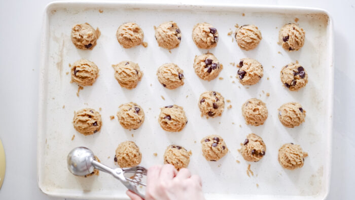 How to meal plan for the week - tips for setting yourself up for healthy eating all week long! How to plan out your meals, gather inspiration, grocery shop, get organized and make healthy meal planning fun. I'm also sharing my fan favourite recipe for Raw Chocolate Chip Cookie Dough Bites!